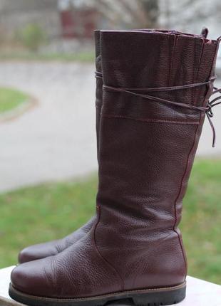 Шикарные кожаные сапоги 38-38,5