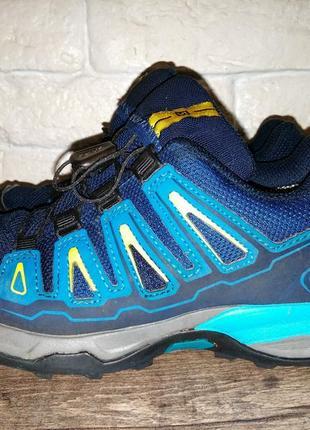 Демисезонные кроссовки ботинки salomon gore-tex