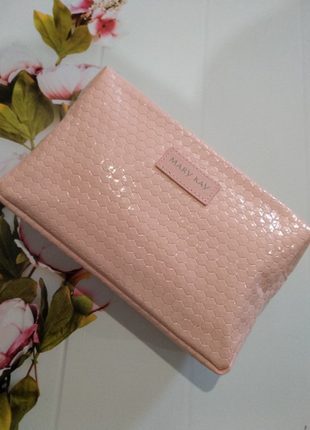 Розовая лаковая косметичка mary kay мери кей мэри кэй