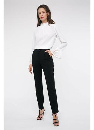 Зауженные льняные брюки