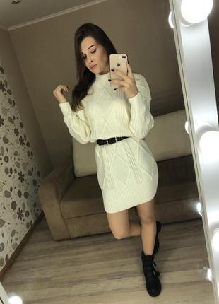 Вязаное платье свитер