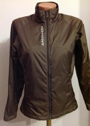 Шикарная спортивная курточка на лёгком утеплителе/s/brend salomon