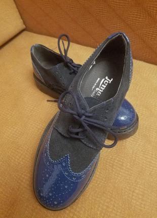 Туфлі оксфорди синьо чорні нові 37 італія