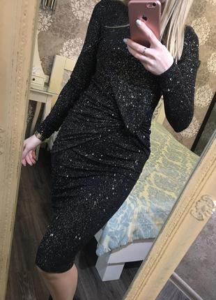 Вечернее платье в блестки