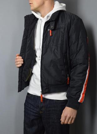 Крутой бомбер armani jeans boomber jacket