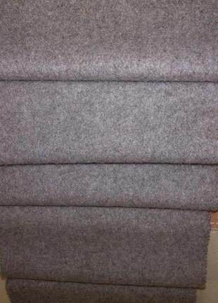Стильный кашемировый шарф серого цвета