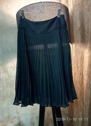 Легкая плиссированная юбка