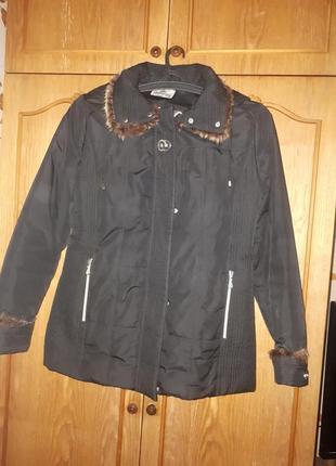 Супер курточка,  удленненая,  утепленная