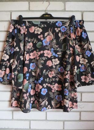 Блуза с открытыми плечами и красивым рукавом 16 ра.