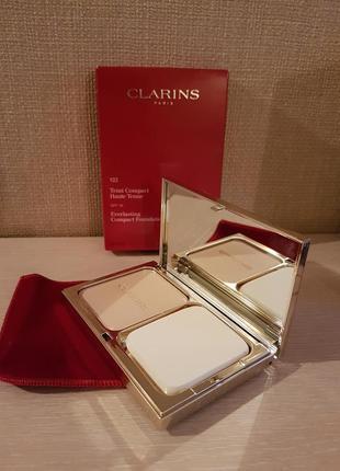 Clarins tональная крем-пудра haute tenue с spf 15
