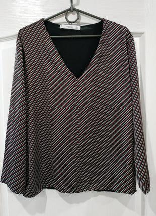 Красивая блузка, тонкий джемпер
