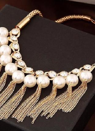 Ожерелье колье золотого цвета под вечернее платье