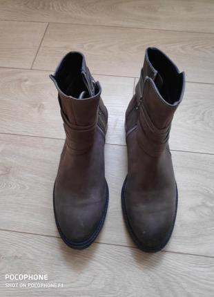 Кожаные ботинки 40-41р