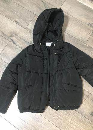 Продам чёрную куртку