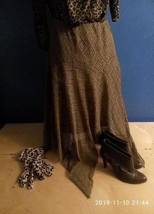 Ажурная юбка миди с ассиметричным краем