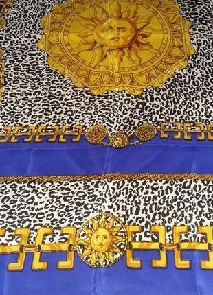 Красивый,модный шелковый платок.италия