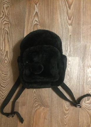 Мягкий пушистый рюкзак