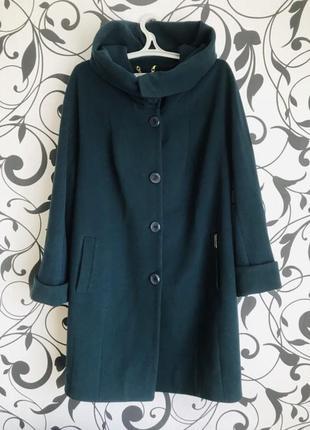Пальто демисезонное кашемировое с капюшоном поясом цвет бутылка зелёный