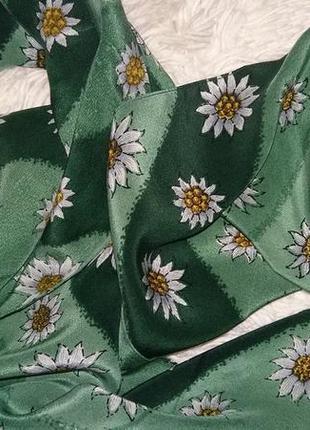 Стильный шелковый шарфик.италия