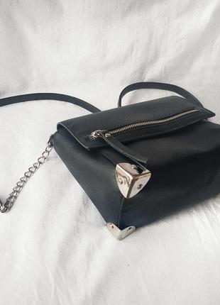 Чёрная базова сумка