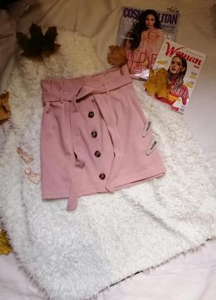 Нежно розовая юбка с трендовыми пуговицами/ніжно рожева спідниця с трендовими пуговиця