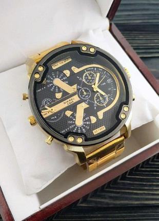 Чоловічій сталевий годинник diesel золотий