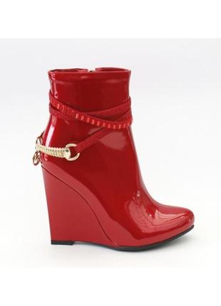 Очень красивые ботиночки