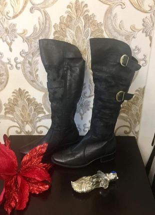 Зимние сапоги , высокие , ботфорды , закрывают колено 36 размер черные внутри мех