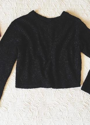 Стильний чорний светр