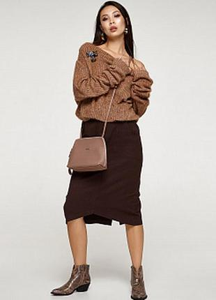 Лаконичная юбочка миди с симпатичными карманчиками