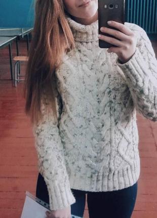 Продам свитер крупной вязки