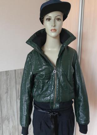 Брендовая вещь! итальянская куртка искусственной кожи eighth sin