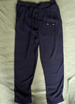Легкие брюки на резинке