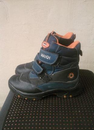 Фирменные зимние ботинки maiqi р.33