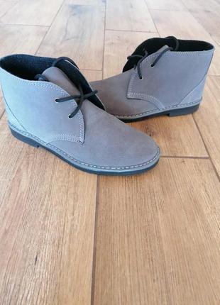 Симпатичные ботинки дезерты инблу inblu.