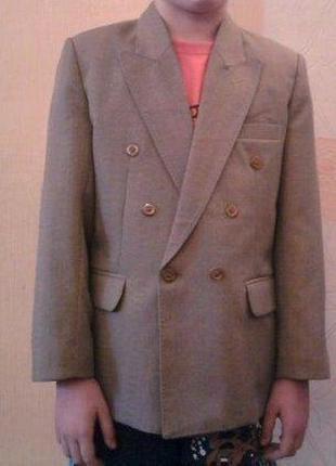 Фирменный пиджак. качество!