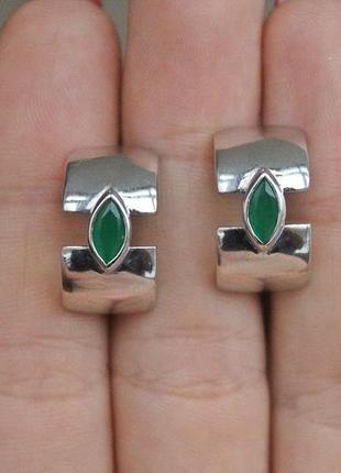 Серебряные серьги глаз зеленые