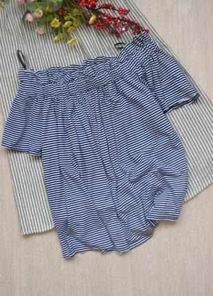 Вискозная блузка топ в полоску с открытыми плечами