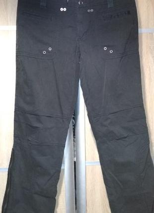 Черные легкие брюки карго р 10