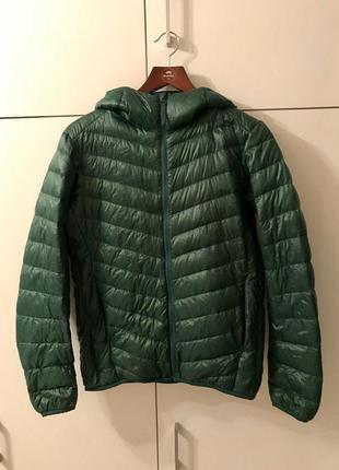 Демисезонная куртка uniqlo очень лёгкий пуховик