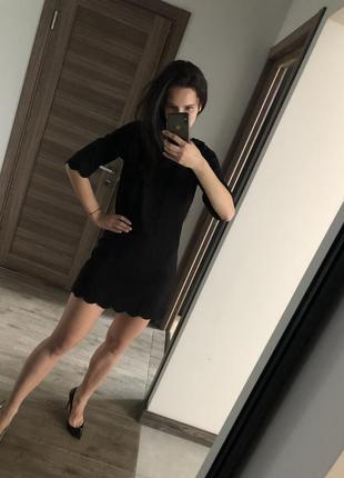 Классическое платье mohito