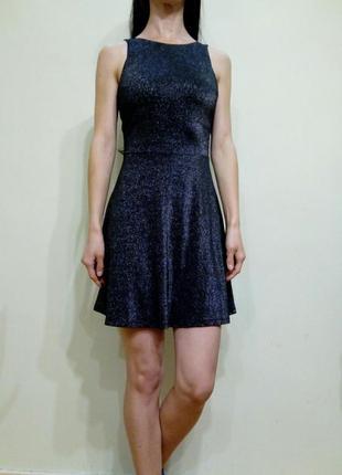 Трикотажное платье с люрексом и открытой спиной