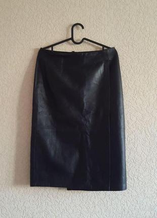 Черная натуральная кожа кожаная женская юбка на запах michalsky германия миди классика
