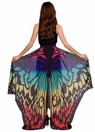 Красивое парео в форме бабочки можно носить как юбку и как накидку.