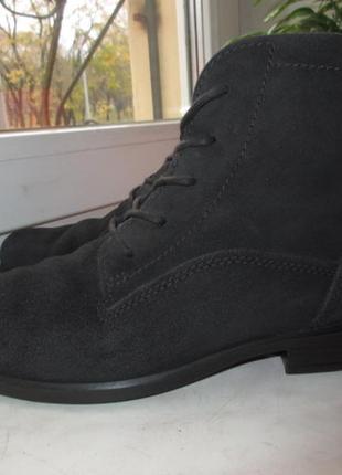 Замшевые демисезонные ботинки ecco 39 р