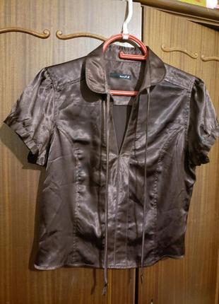 Атласная блуза
