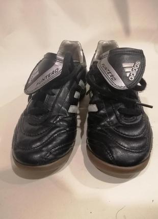 Чёрные кроссовки adidas р. 32