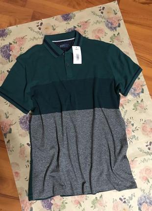 Стильная футболка-поло