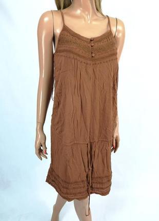 Стильное платье kiabi коричневого цвета