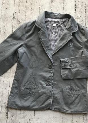 Стильный пиджак для маленького модника